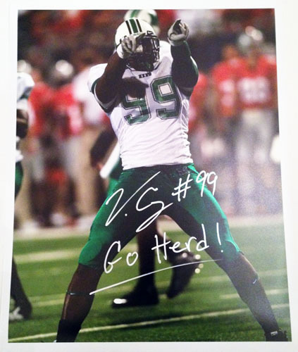VINNY CURRY SIGNED MARSHALL THUNDERING HERD 16X20 PHOTOGRAPH CELEBRATING NCAA