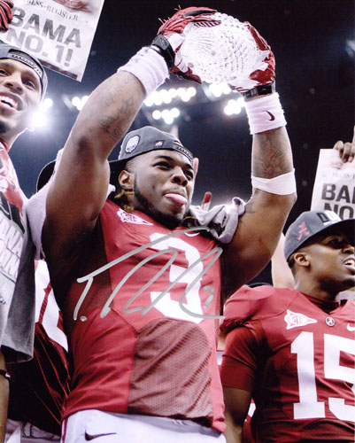 TRENT RICHARDSON SIGNED 8X10 PHOTO NATIONAL CHAMPIONSHIP TROPHY